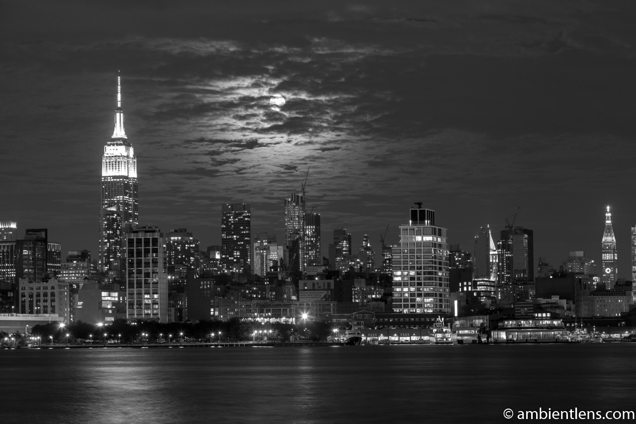 Moonrise over Manhattan, New York 1 (BW)