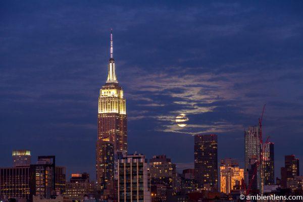 Moonrise over Manhattan, New York 7