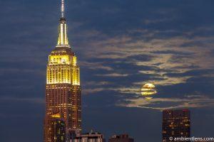 Moonrise over Manhattan, New York 6