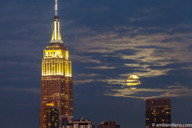 Moonrise over Manhattan, New York 6