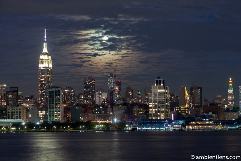 Moonrise over Manhattan, New York 1
