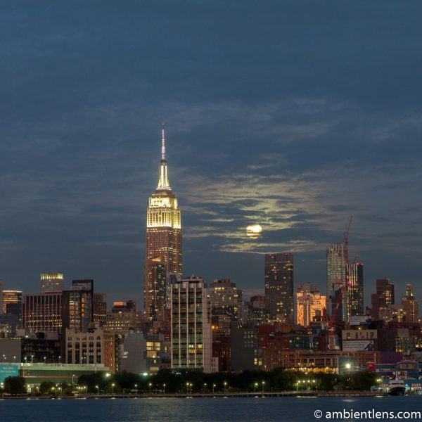 Moonrise over Manhattan, New York 5 (SQ)