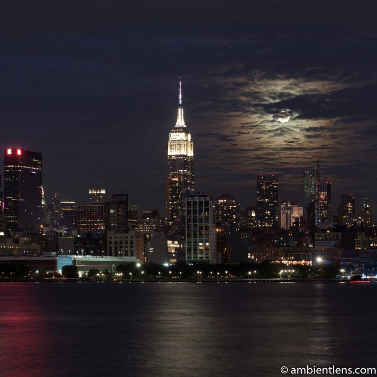 Moonrise over Manhattan, New York 2 (SQ)