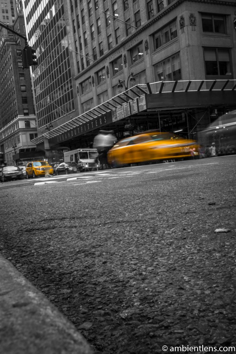 Yellow Cab on Fifth Avenue, New York 3