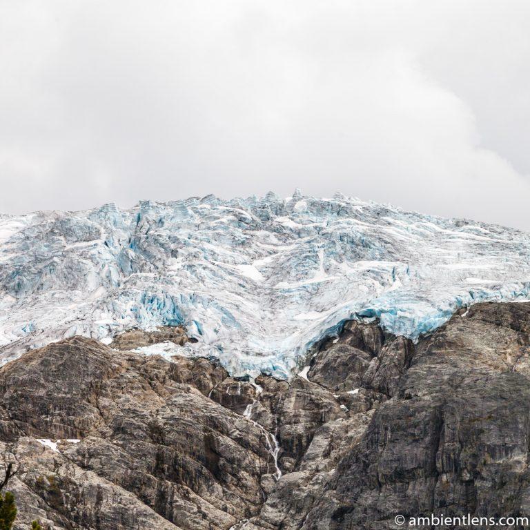 Matier Glacier in Joffre Lakes, Pemberton, BC (SQ)
