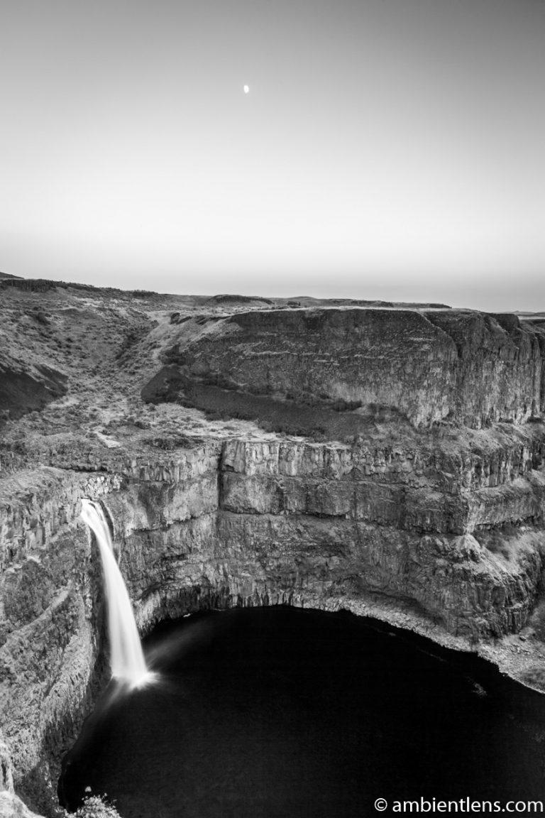 Palouse Falls 3 (BW)