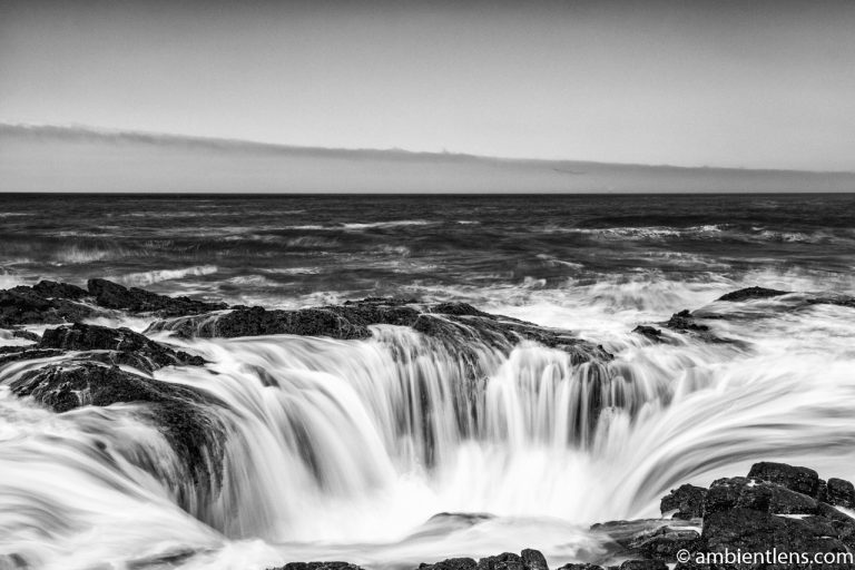 Thor's Well 1 (BW)