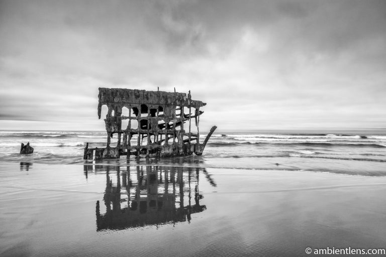 The Peter Iredale Shipwreck 1 (BW)