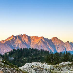 Washington State Mountain Range (SQ)